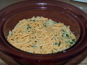 Healthy Spinach Artichoke Dip: LittleCajunGirl.com