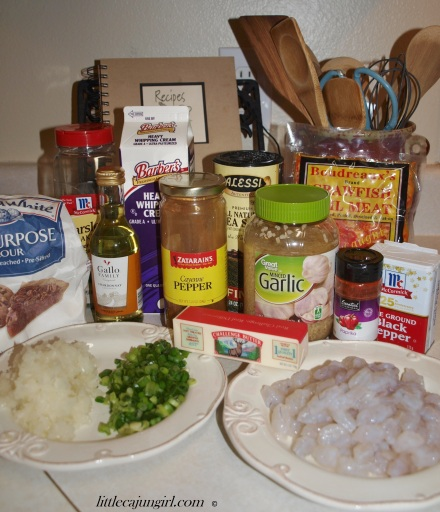 Sinfully Delicious Seafood Pasta: LittleCajunGirl.com